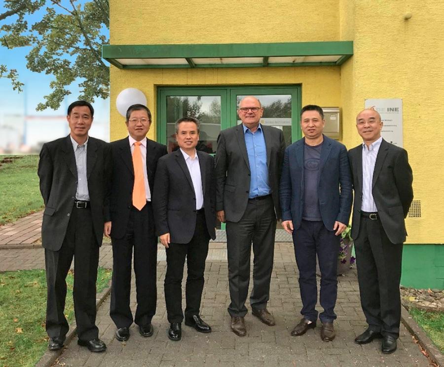 Besucher aus China bei der DEINE-Deutsche Ingenieure GmbH in Heuchelheim/Gießen